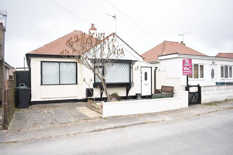 3 Bedrooms Detached Bungalow for sale in Woodside Avenue, Kinmel Bay