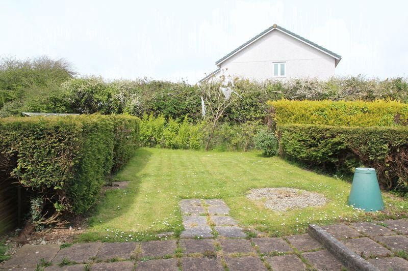 Polwhele road newquay 2 bed end of terrace house 160 000 for 14 m4s garden terrace