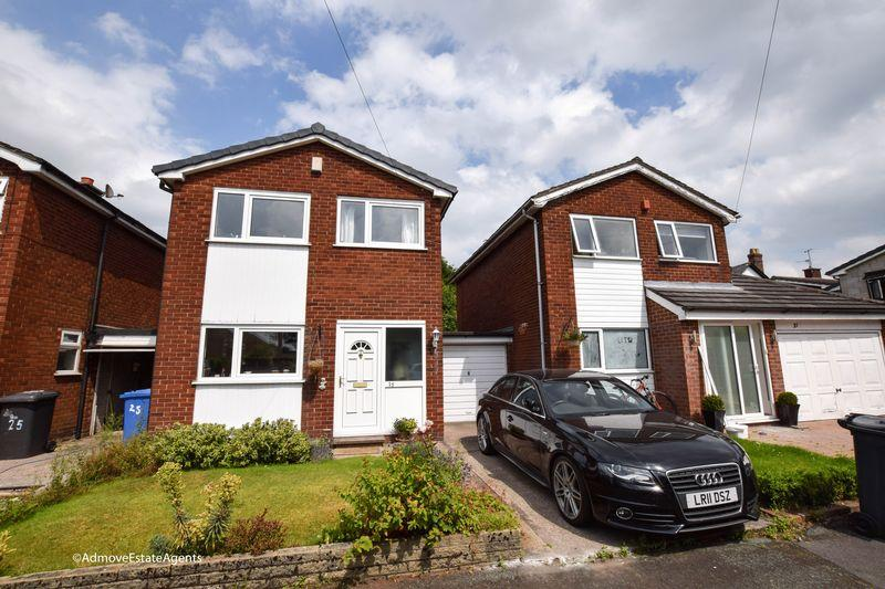 3 Bedrooms Link Detached House for sale in Whitefield Grove, Lymm
