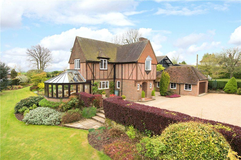 4 Bedrooms Detached House for sale in Chearsley Road, Long Crendon, Aylesbury, Buckinghamshire