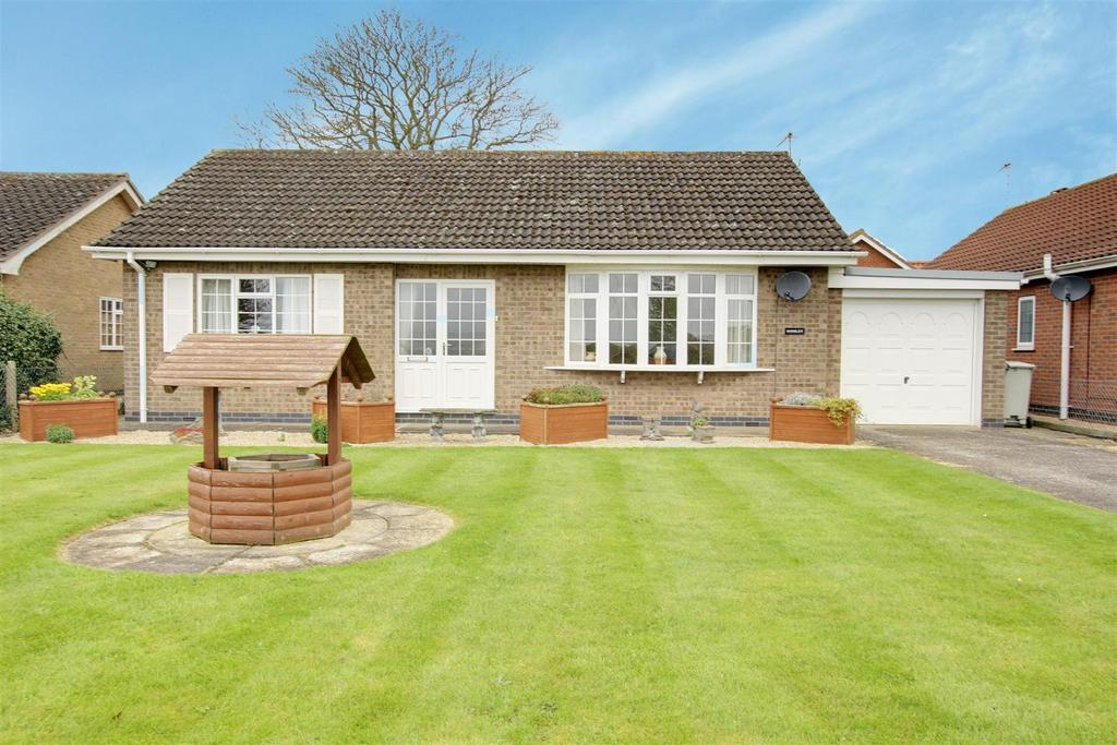 2 Bedrooms Detached Bungalow for sale in Rodsley, Cumberworth Road, Mumby