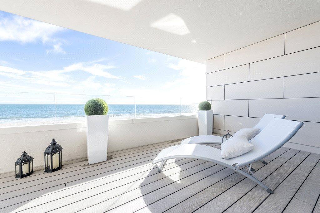 4 Bedrooms Flat for sale in Banks Road, Sandbanks, Poole, BH13