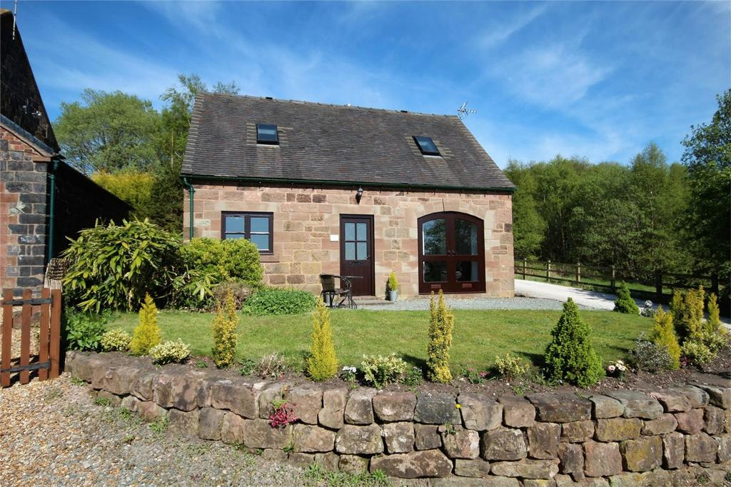2 Bedrooms Cottage House for sale in Black Lane, Whiston, Staffordshire