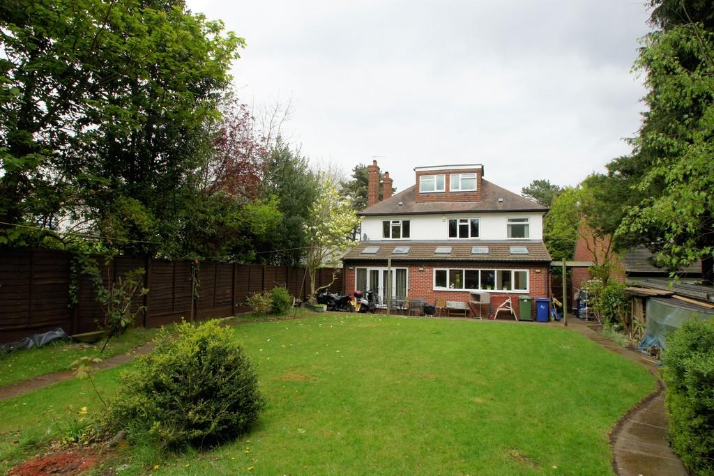 5 Bedrooms Detached House for sale in Old Penkridge Road, Cannock