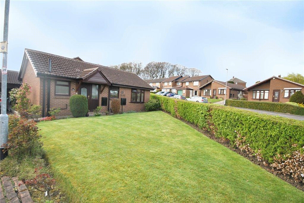 2 Bedrooms Detached Bungalow for sale in Haven Chase, Leeds, West Yorkshire