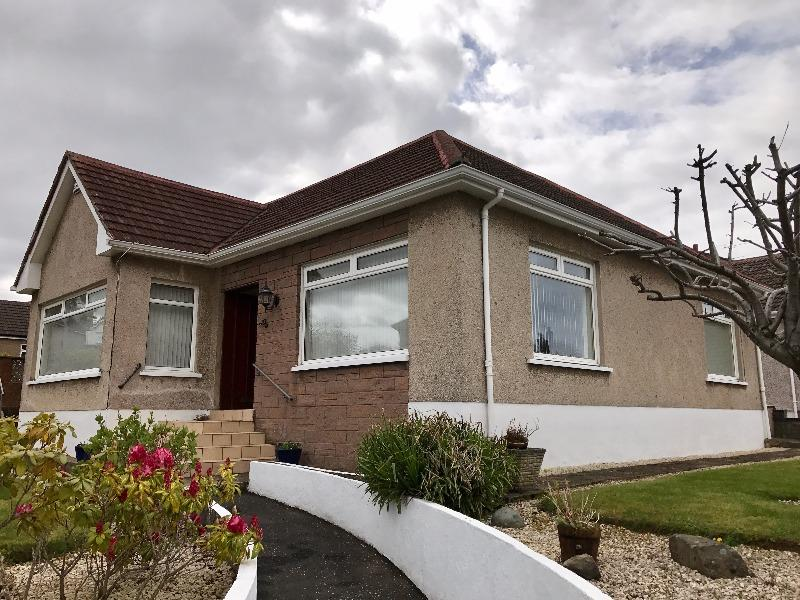 3 Bedrooms Bungalow for rent in Royellen Avenue, Hamilton, South Lanarkshire