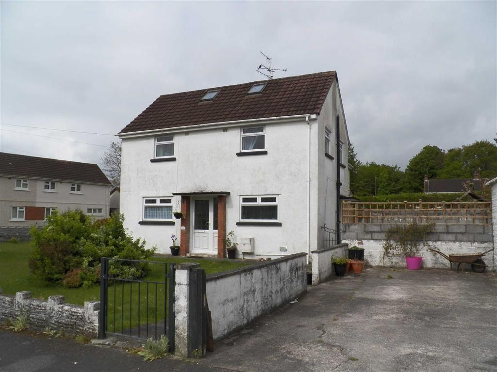 2 Bedrooms Semi Detached House for sale in Pen Y Wern, Stradey, Llanelli