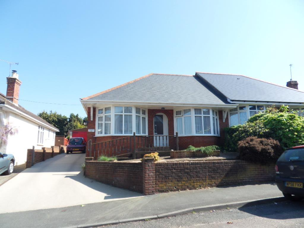 2 Bedrooms Bungalow for sale in Moorgreen Road, Cowes