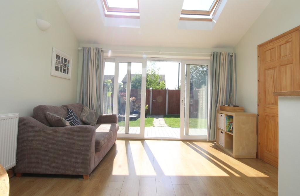 3 Bedrooms End Of Terrace House for sale in Ascot Close, Titchfield Common