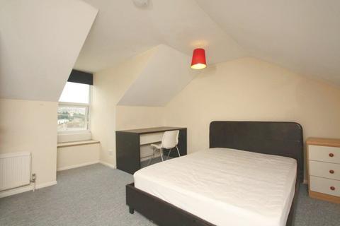 6 bedroom house to rent - Wakefield Road, Brighton, BN2