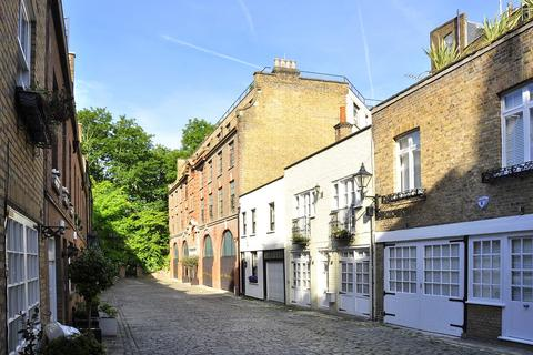 3 bedroom mews to rent - Frederick Close, Bayswater, London, W2