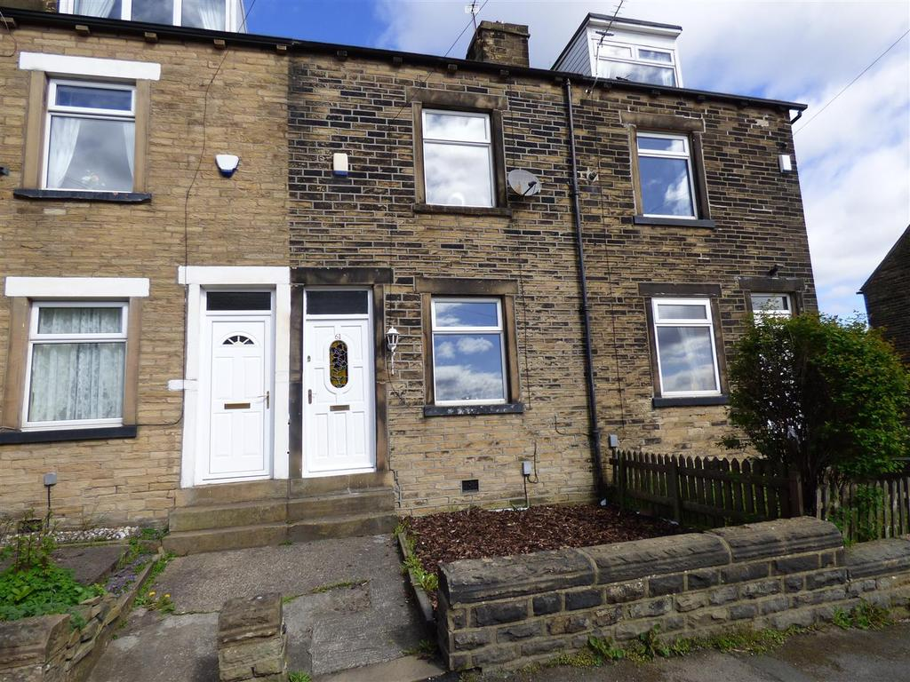 3 Bedrooms Terraced House for sale in Institute Road, Eccleshill, Bradford