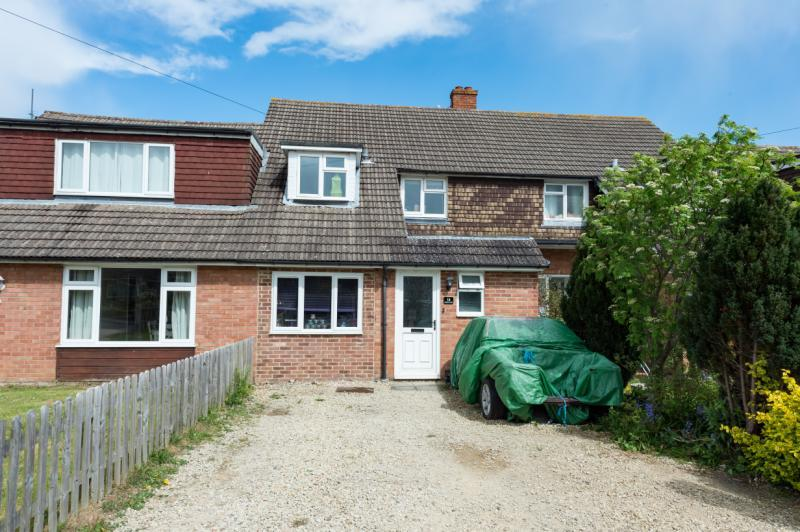 4 Bedrooms Terraced House for sale in Dearlove Close, Abingdon, Oxfordshire