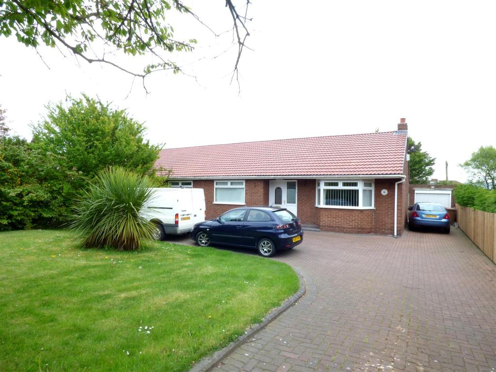 3 Bedrooms Semi Detached Bungalow for sale in Chester Road, Shiney Row, Houghton Le Spring