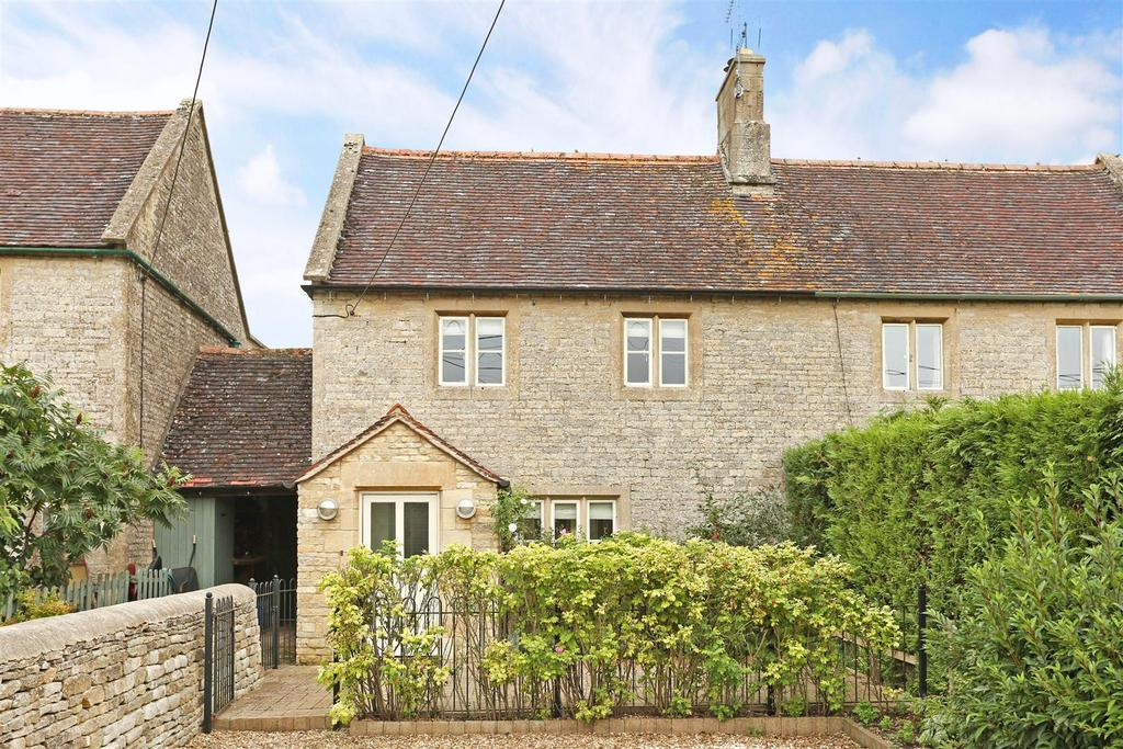 2 Bedrooms Cottage House for sale in New Row, Aldsworth, Cheltenham
