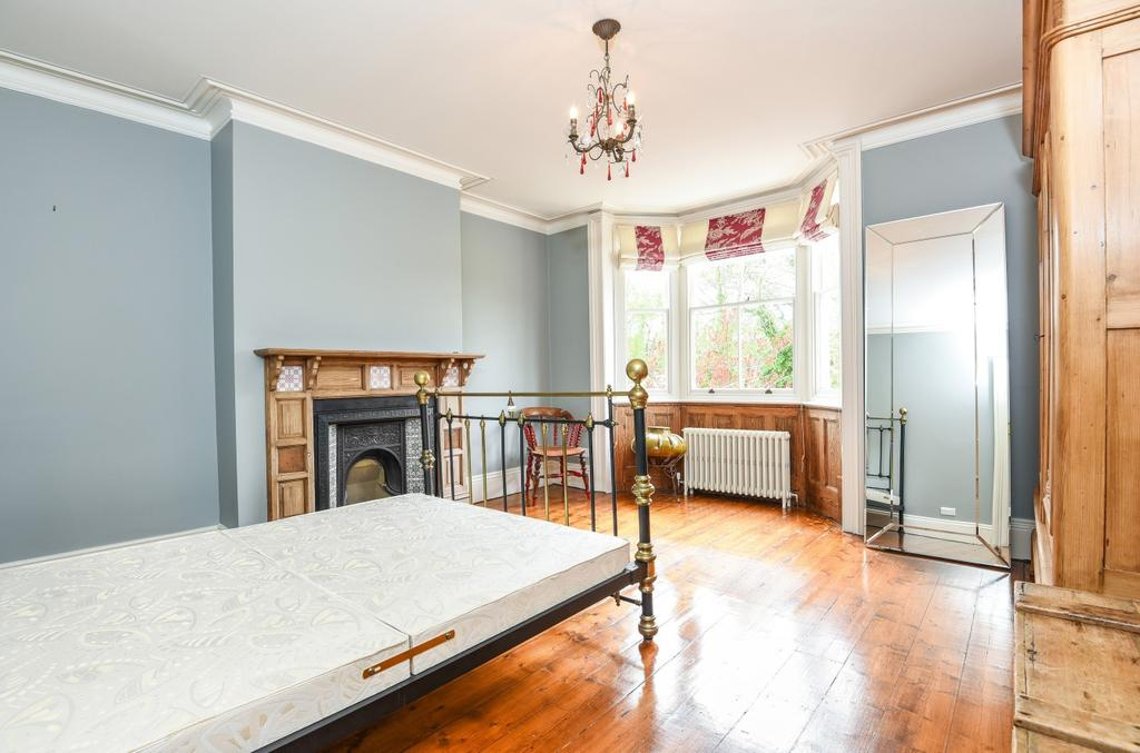 Bed House To Rent Tring