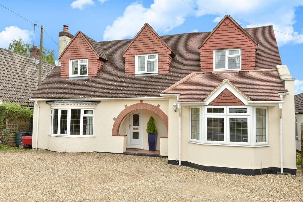 5 Bedrooms Detached House for sale in Holt Pound, Farnham, Hampshire