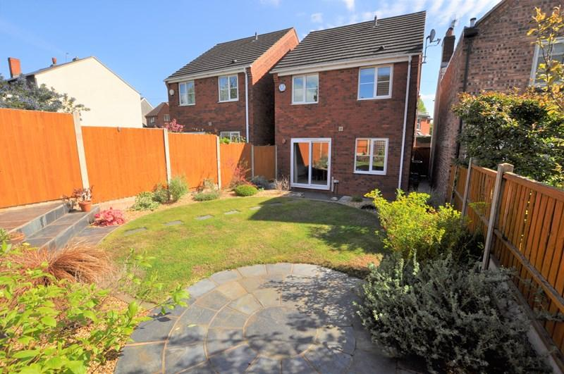 3 Bedrooms Detached House for sale in Gladstone Road, Stourbridge