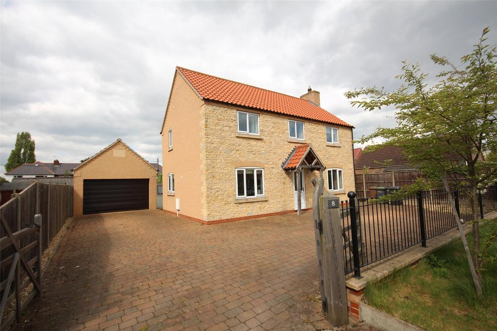 3 Bedrooms Detached House for sale in The Green, Dunston, LN4