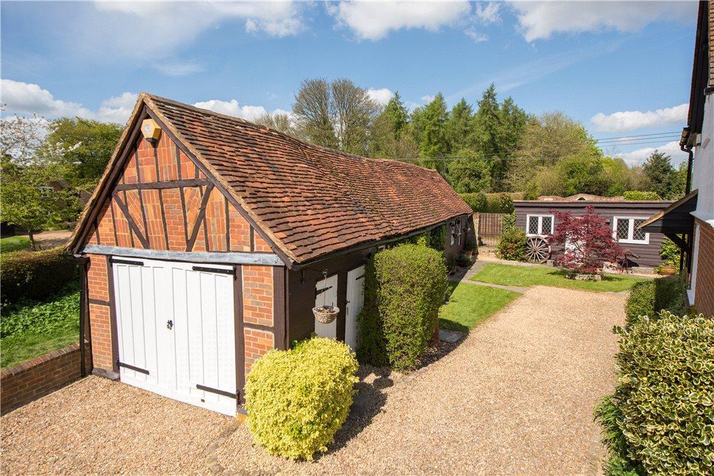 Great hampden great missenden buckinghamshire 5 bed for Annexe garage