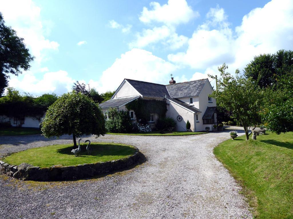 3 Bedrooms Detached House for sale in Black Torrington, Beaworthy