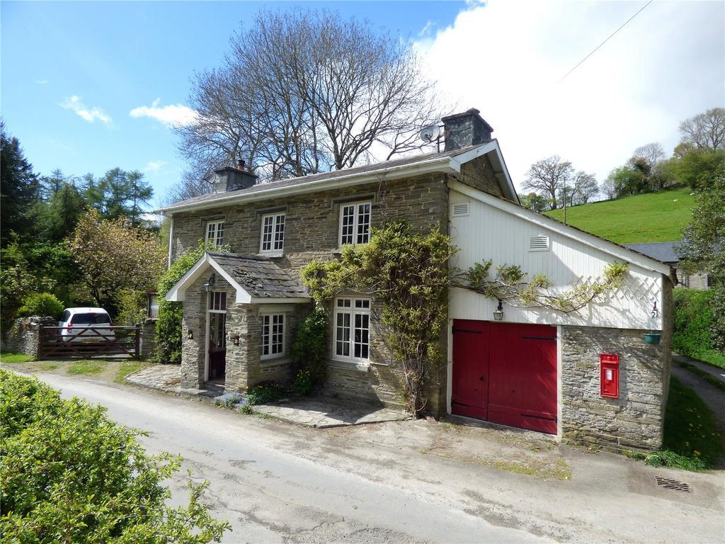 3 Bedrooms Detached House for sale in Llanbadarn-y-Garreg, Builth Wells, Powys