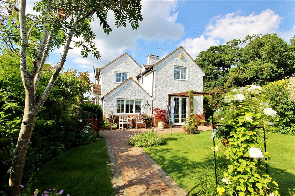 4 Bedrooms Semi Detached House for sale in Greenhill, Evesham, Worcestershire, WR11