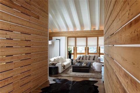 5 bedroom penthouse  - 5 Bedroom Duplex, Zermatt, Valais
