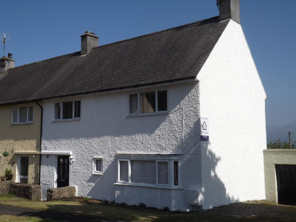 3 Bedrooms Semi Detached House for sale in Brynteg, Beaumaris, North Wales