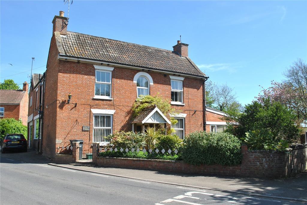 8 Bedrooms House for sale in Main Road, Burrowbridge, Bridgwater, Somerset, TA7