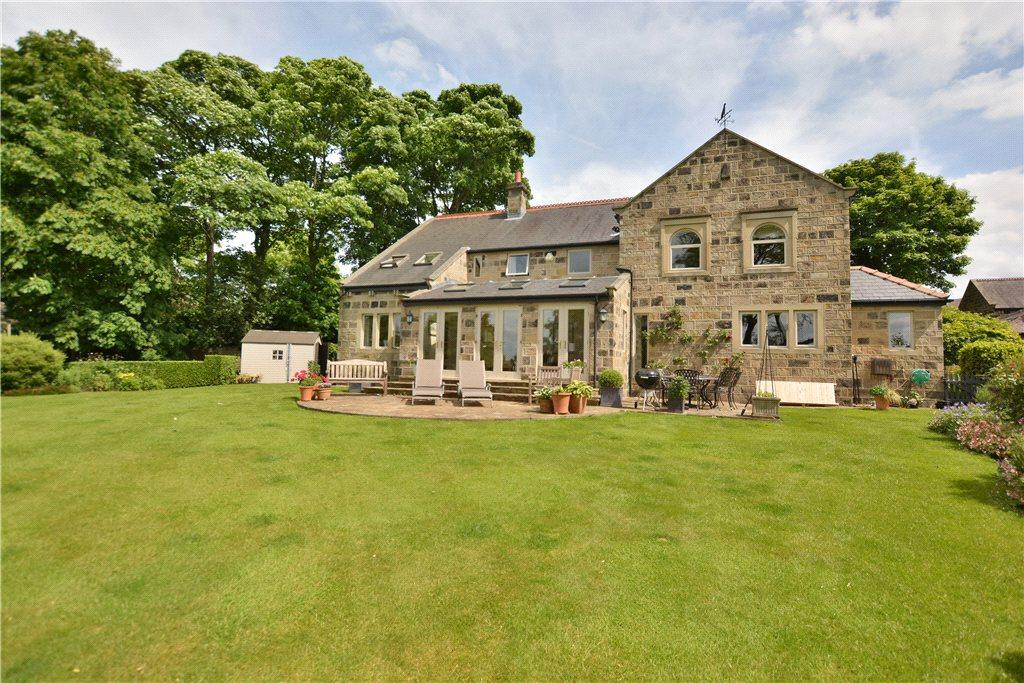 5 Bedrooms Detached House for sale in Cragg House, Chevington Court, Rawdon, Leeds, West Yorkshire