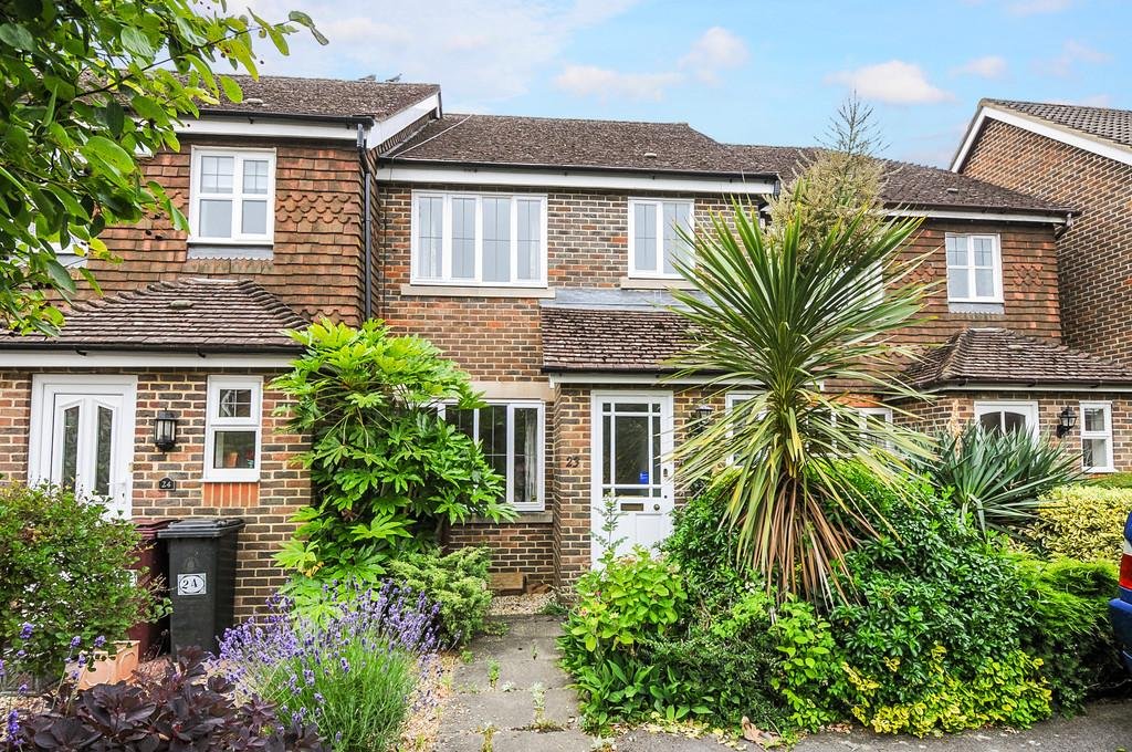 2 Bedrooms Terraced House for sale in Boxgrove, nr Chichester