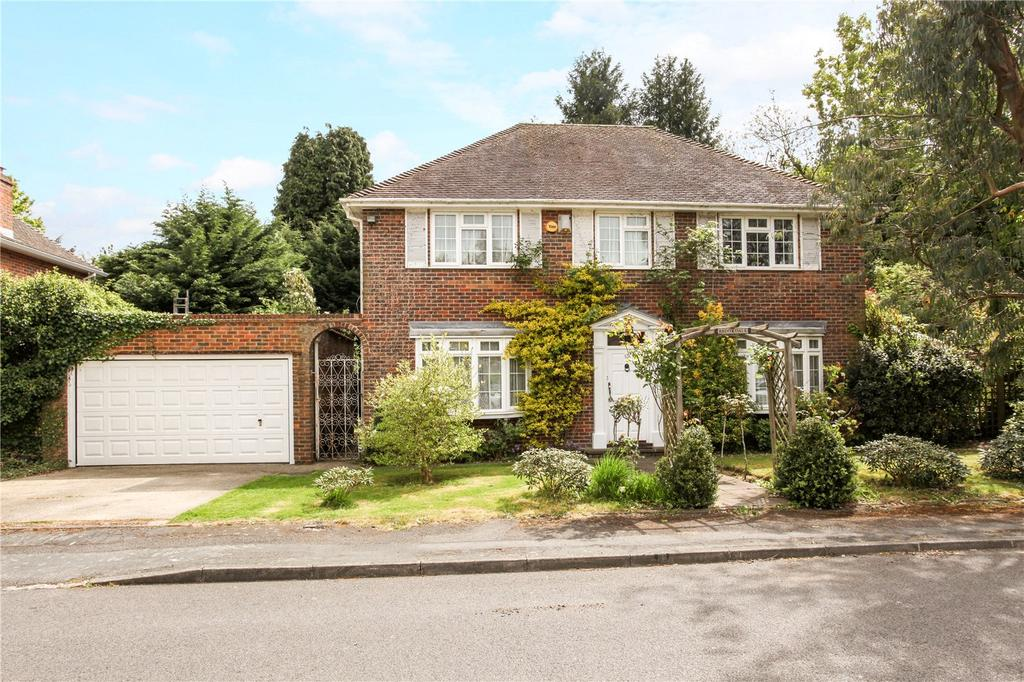 4 Bedrooms Detached House for sale in Tudor Lane, Old Windsor, Windsor, Berkshire, SL4