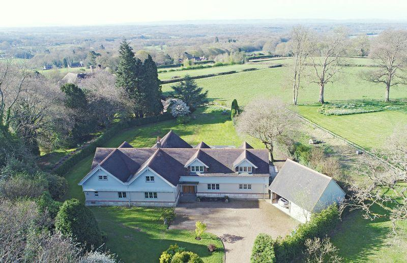 5 Bedrooms Detached House for sale in Church Lane, Danehill, East Sussex