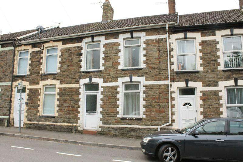3 Bedrooms Terraced House for sale in Station Terrace, PONTYCLUN CF72 9ES