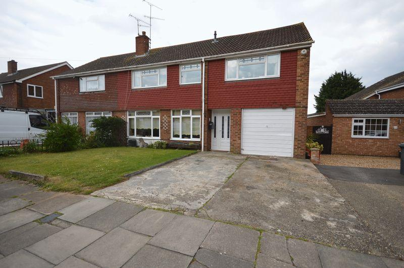 4 Bedrooms Semi Detached House for sale in Gransden Close, Luton