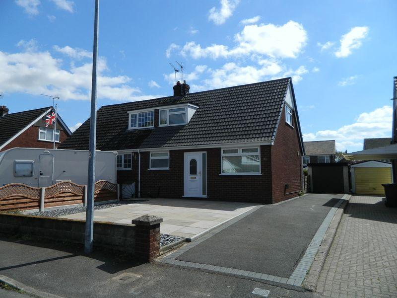 2 Bedrooms Semi Detached Bungalow for sale in Crabmill Drive, Sandbach
