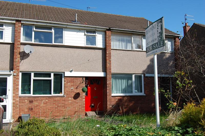 Long ashton 3 bed terraced house for sale 289 950 for Terraced house meaning