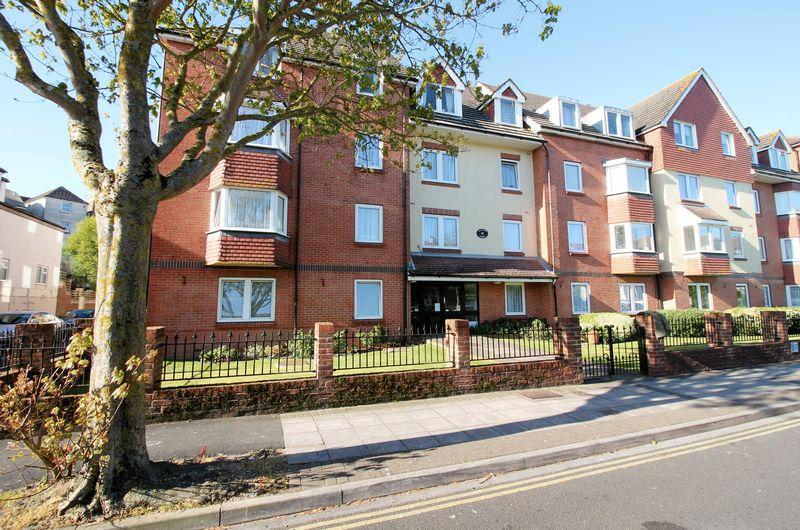 1 Bedroom Retirement Property for sale in Granada Road, Southsea