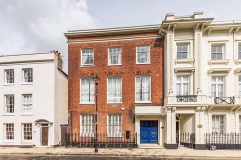 5 bedroom townhouse to rent - High Street, Old Portsmouth