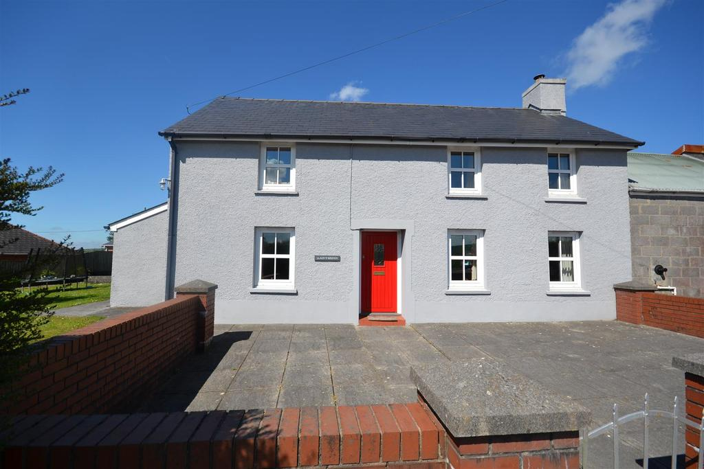 4 Bedrooms Detached House for sale in Peniel, Carmarthen