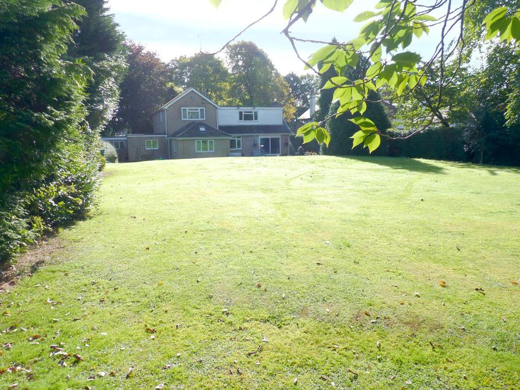 5 Bedrooms Detached House for sale in Hookstone Road, Harrogate