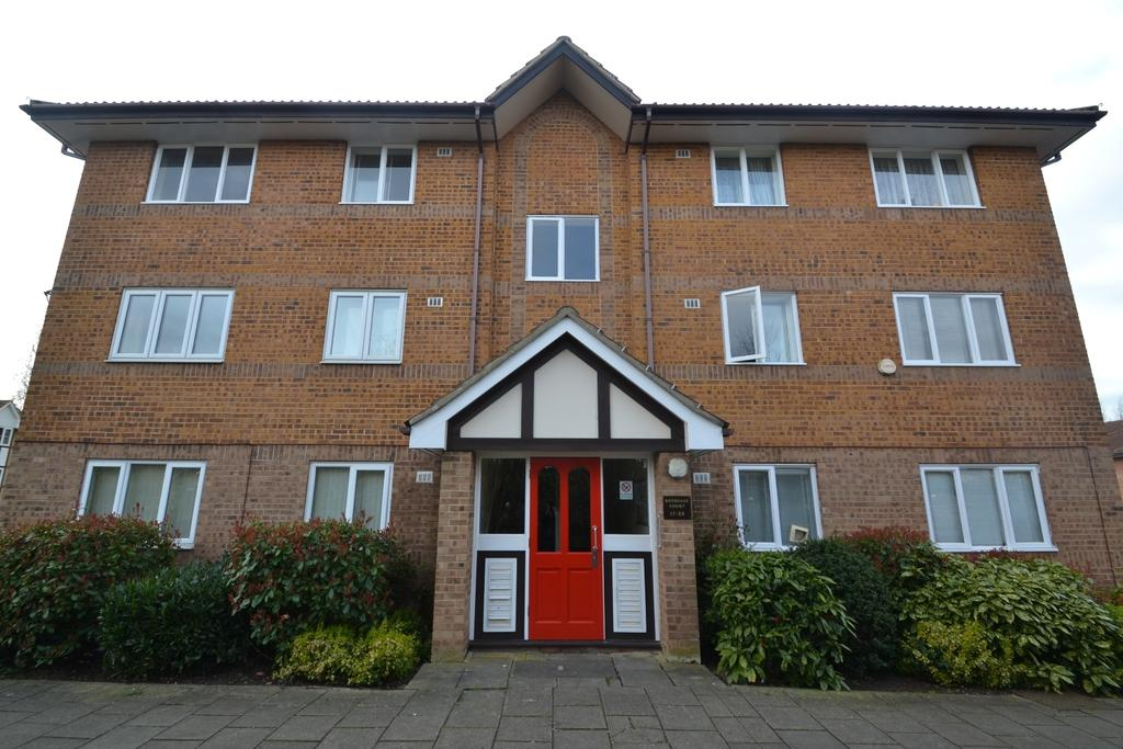 1 Bedroom Flat for sale in Cumberland Place Catford SE6