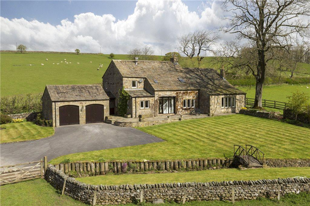 2 Bedrooms Detached House for sale in Otterburn, Bell Busk, Skipton, North Yorkshire