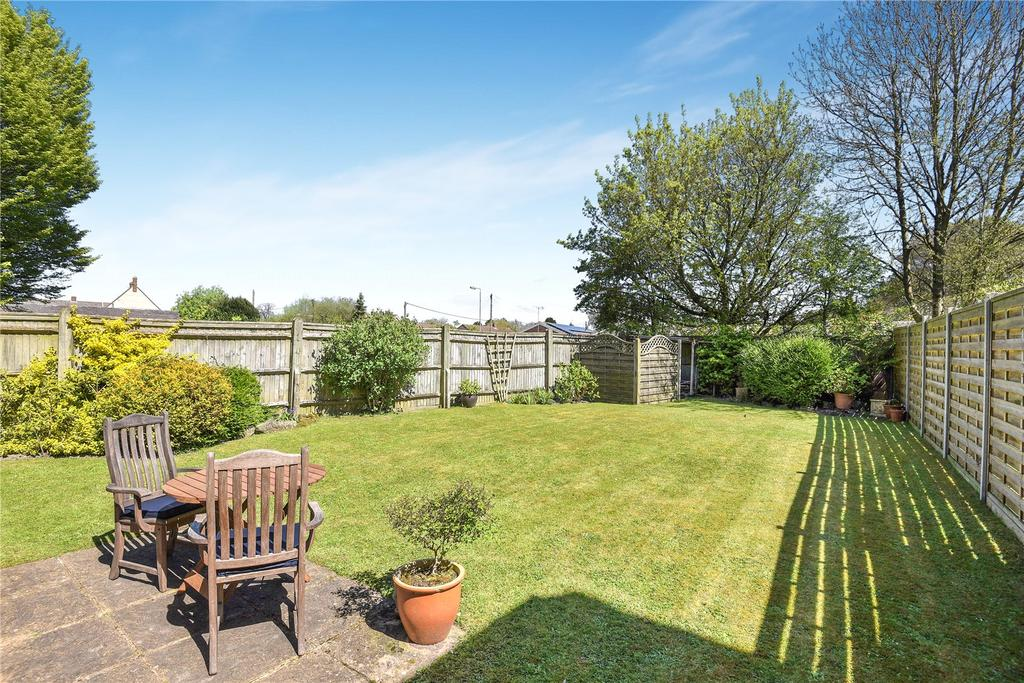 3 Bedrooms Detached House for sale in Martingale Road, Burbage, Marlborough, Wiltshire