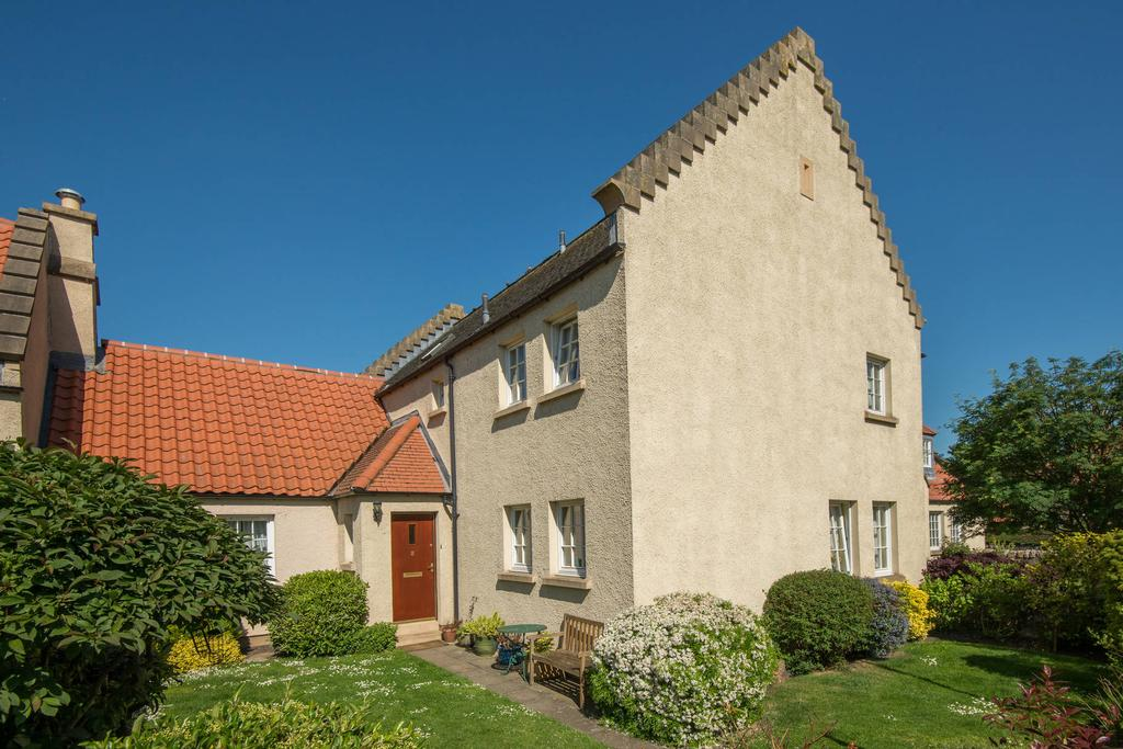 4 Bedrooms Terraced House for sale in 2 Crookston Court, Crookston Road, Inveresk, EH21 7TR