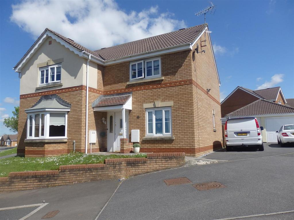 4 Bedrooms Detached House for sale in Clos Cefn Bryn, Llwynhendy, Llanelli