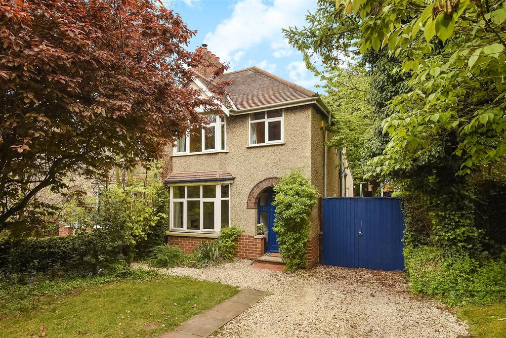 3 Bedrooms Semi Detached House for sale in Oxford Road, Littlemore