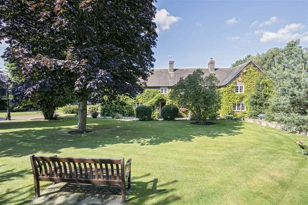 5 Bedrooms Detached House for sale in Botts Green, Over Whitacre, Warwickshire