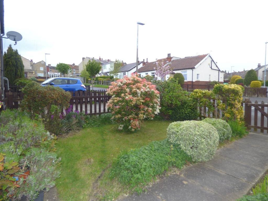 Jim lane marsh huddersfield west yorkshire hd1 2 bed for 14 m4s garden terrace